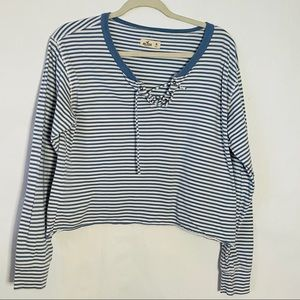 Hollister long sleeve cropped henley striped sz M